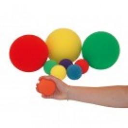 Pehmeä pallo käsiharjoituksiin
